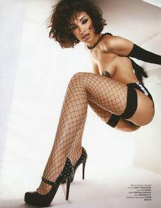 Виктория Дайнеко в эротическом белье для Playboy фото #2