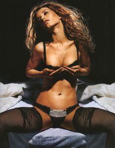 Виктория Дайнеко разделась в журнале Playboy фото #3