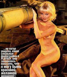 Голые сиськи Даны Борисовой в журнале Playboy фото #2