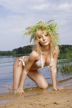 Дарья Сагалова топлесс в журнале «Максим» фото #6