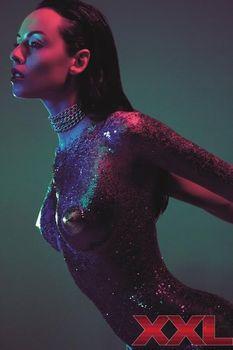 Даша Астафьева топлесс в журнале XXL фото #4