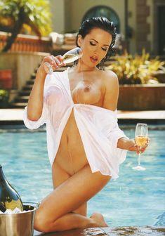 Обнаженная Даша Астафьева в журнале Playboy фото #4