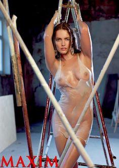 Евгения Трофимова засветила сиськи в журнале Maxim фото #7