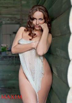 Обнаженная Екатерина Гусева в журнале Maxim фото #2