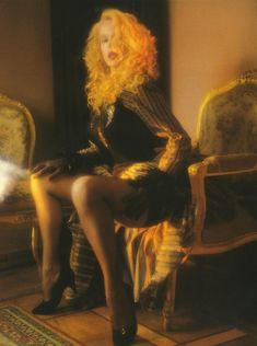 Голые сиськи Елены Кондулайнен в журнале Penthouse фото #2