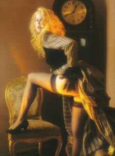 Голые сиськи Елены Кондулайнен в журнале Penthouse фото #3