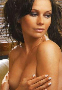 Елена Корикова разделась в журнале Maxim фото #6