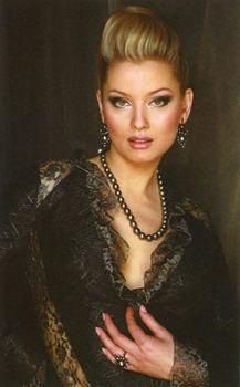 Елена Ленина без трусов в журнале Penthouse фото #1