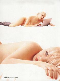 Елена Перова показала сиськи в журнале Playboy фото #4
