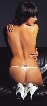 Жанна Фриске разделась в журнале «Пингвин» фото #6
