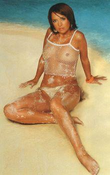 Жанна Фриске засветила сиськи в журнале Maxim фото #5