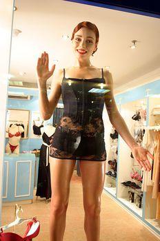 Горячая Ирена Понарошку для рекламы нижнего белья фото #3
