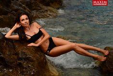 Ирена Понарошку в купальнике для журнала «Максим» фото #6