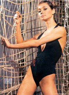 Ирина Чащина в купальнике для журнала Men's Fitness фото #2
