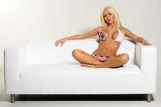 Откровенная фотосессия Кати Самбуки для журнала Playboy. фото #16