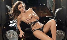 Голые сиськи Леры Кондры в журнале Playboy фото #7