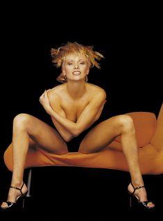 Мария Бутырская без лифчика в журнале Playboy фото #1