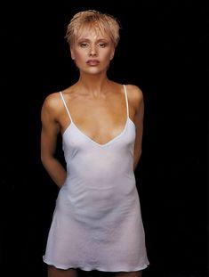 Мария Бутырская без лифчика в журнале Playboy фото #5
