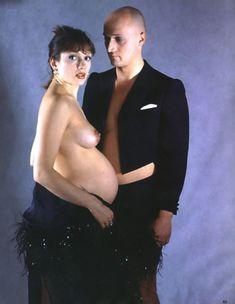 Голая беременная Мария Порошина в журнале «Махаон фото #3