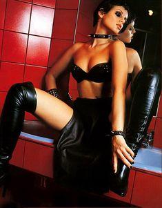 Мария Сёмкина в эротическом белье для журнала Bikini фото #6