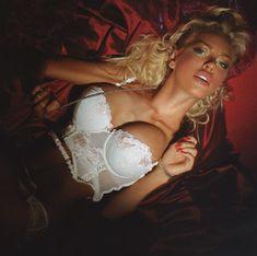 Секси Маша Малиновская в журнале Moulin Rouge фото #4