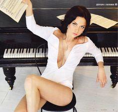 Обнаженная Настасья Самбурская в журнале Playboy фото #7