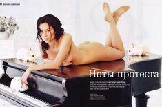Обнаженная Настасья Самбурская в журнале Playboy фото #8