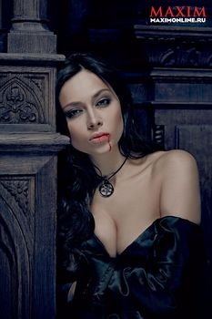 Настасья Самбурская разделась в журнале «Максим» фото #3