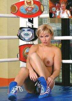 Голые сиськи Натальи Рагозиновой в журнале Penthouse фото #7