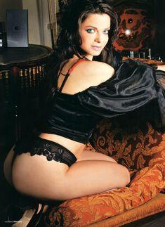 Наташа Королёва в эротической фотосессии для «Пингвин» фото #3