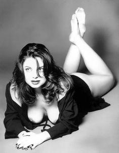 Голые сиськи Наташи Королёвой в журнале Playboy фото #1