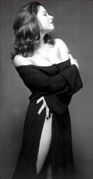 Голые сиськи Наташи Королёвой в журнале Playboy фото #5
