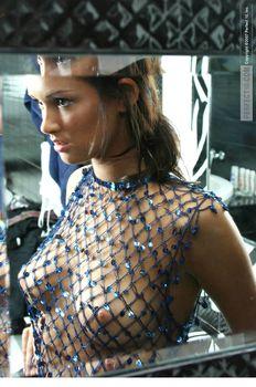 Эро Паулина Андреева позирует топлесс фото #4