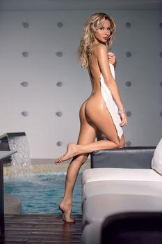 Светлана Лобода разделась в журнале Maxim фото #2