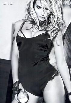 Светлана Лобода в эротической фотосессии для журнала XXL фото #5