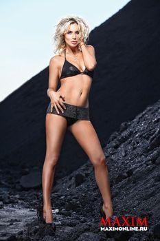 Светлана Лобода засветила сиськи в журнале Maxim фото #4