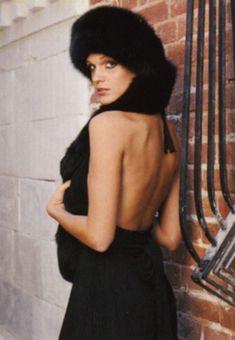 Певица Слава засветила сиськи в журнале «Пингвин» фото #10