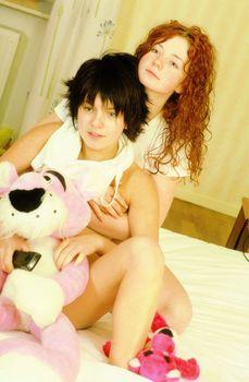 Эротическая фотосессия Юлии Волковой и Елены Катиной фото #7