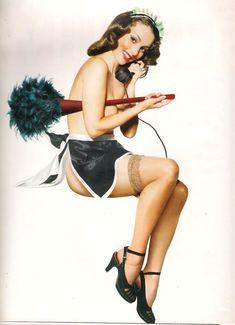 Юлия Зимина показала голые сиськи в журнале «Караван историй» фото #2