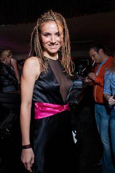 Ирина Тонева в эротическом наряде фото #3