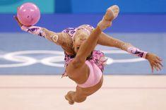 Красотка Ирина Чащина демонстрирует супер растяжку на чемпионатах фото #2