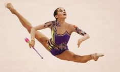 Красотка Ирина Чащина демонстрирует супер растяжку на чемпионатах фото #5
