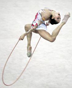 Красотка Ирина Чащина демонстрирует супер растяжку на чемпионатах фото #10