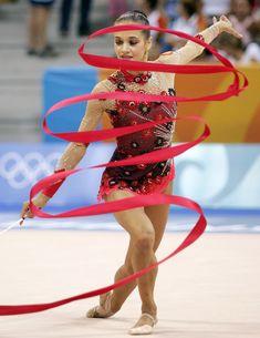 Красотка Ирина Чащина демонстрирует супер растяжку на чемпионатах фото #13