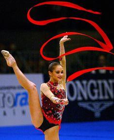 Красотка Ирина Чащина демонстрирует супер растяжку на чемпионатах фото #14