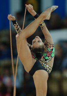 Красотка Ирина Чащина демонстрирует супер растяжку на чемпионатах фото #15