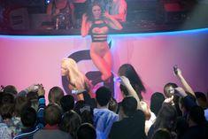 Катя Самбука оголилась на концерте в Перми фото #7