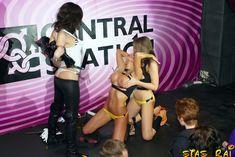 Катя Самбука в эротическом наряде фото #19
