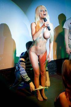 Катя Самбука раздевается на Шоу фото #24
