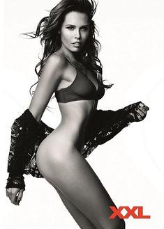 Эротичная Мария Горбань для журнала XXL фото #5